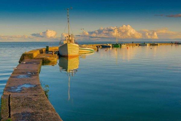 Jachtos Aušrinė nuoma ir pasiplaukiojimas Nidoje