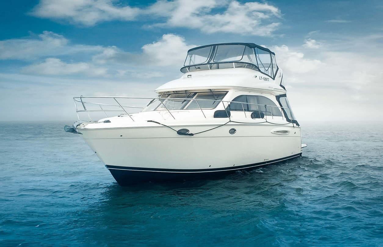 Jachtos nuoma pasiplaukiojimams Klaipėdoje, Nidoje