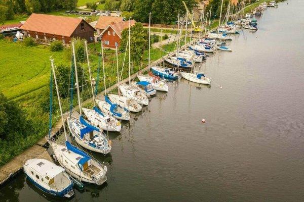 Jachtos Mingės jūrininkų kaimelyje