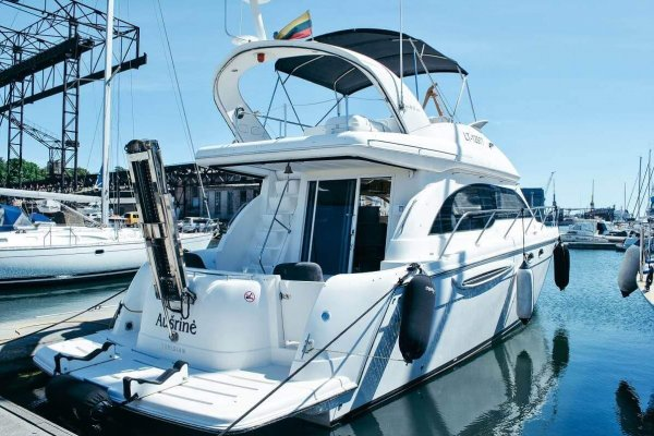 jachta ausrine uoste